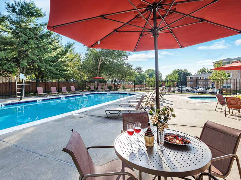 Large sundeck at Lehigh Square Apartment Complex
