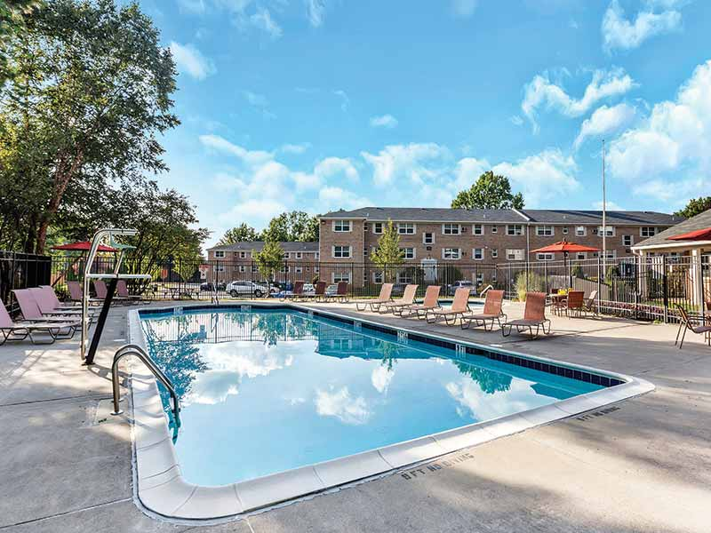 Swimming pool at Lehigh Square Apartments