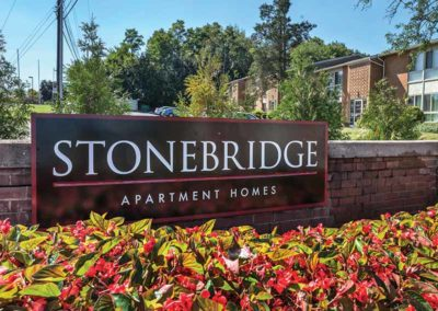 Stonebridge Apartment Homes sign