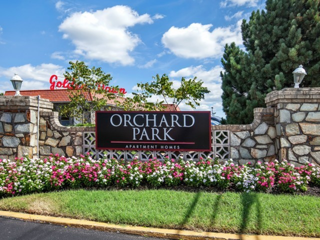 January 18, 2018: Orchard Park Apartments Awarded 2017 Business of the Year